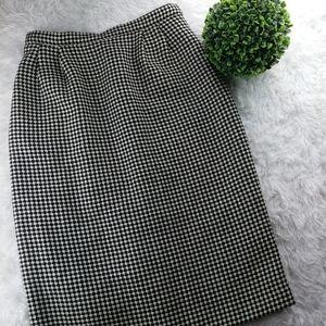Kasper Wool Black and White Pencil Skirt